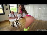 Танцовщица тверка перевозбудила судью своей большой упругой задницей Kelsi Monro brazzers задница анал