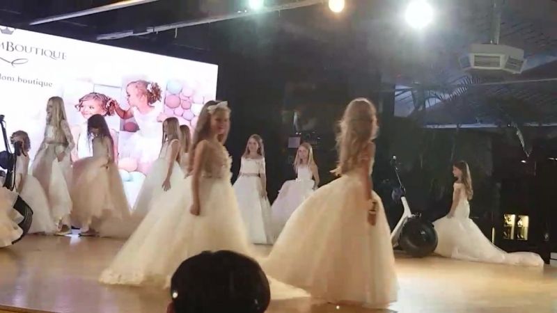 Конкурсантка яка приставляє м.Львів Міні-принцеса Україна 2016 Роксолана Бараненко.