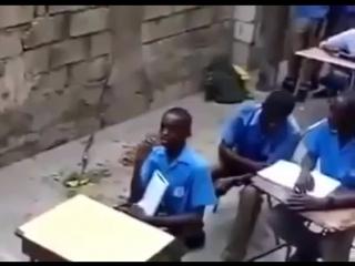 Когда одноклассник мешает учиться