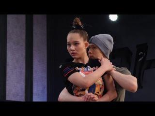 Танцы: Александра Киселева и Станислав Пономарёв - В 14 лет попала на ТНТ (сезон 3, серия 16)