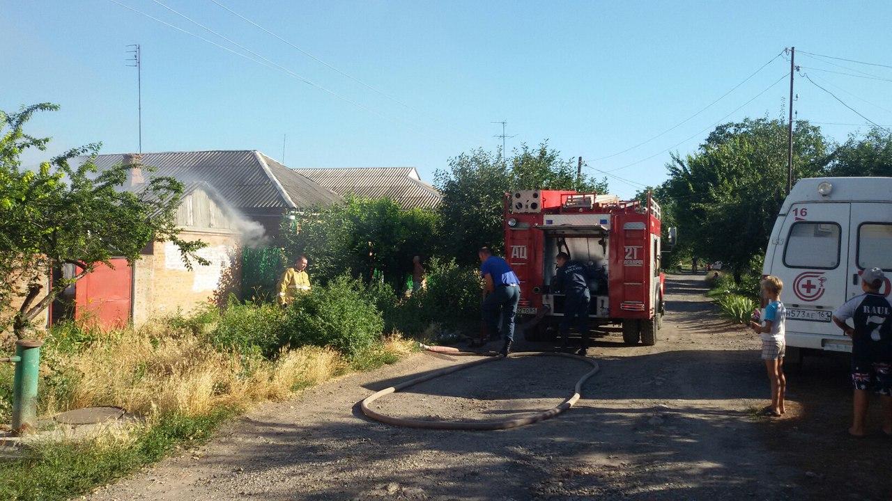 В Таганроге при пожаре в летней кухне пострадал мужчина