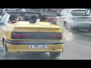Когда выехал на кабриолете в дождь