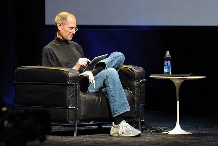 Стив Джобс и Нью Бэланс 990