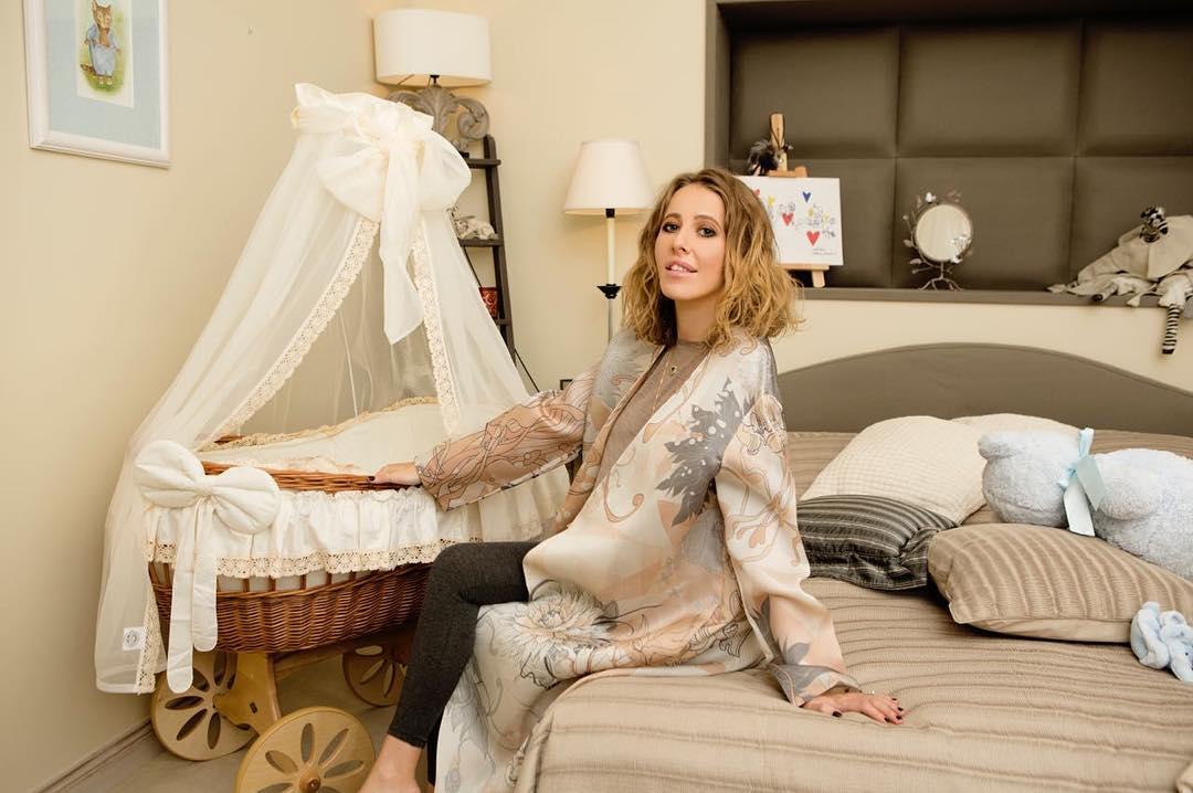 Ксения Собчак впервый раз показала комнату своего сына