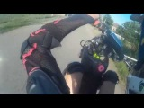 На заднем колесе на питбайке / wheelies on dirt bike