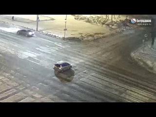 Что делать если пропустил поворот, сдал задом на перекрестке