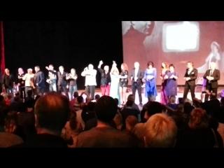 Финальная песня артистов гала-концерта памяти Михаила Круга в Ижевске (любительская видеосъёмка)