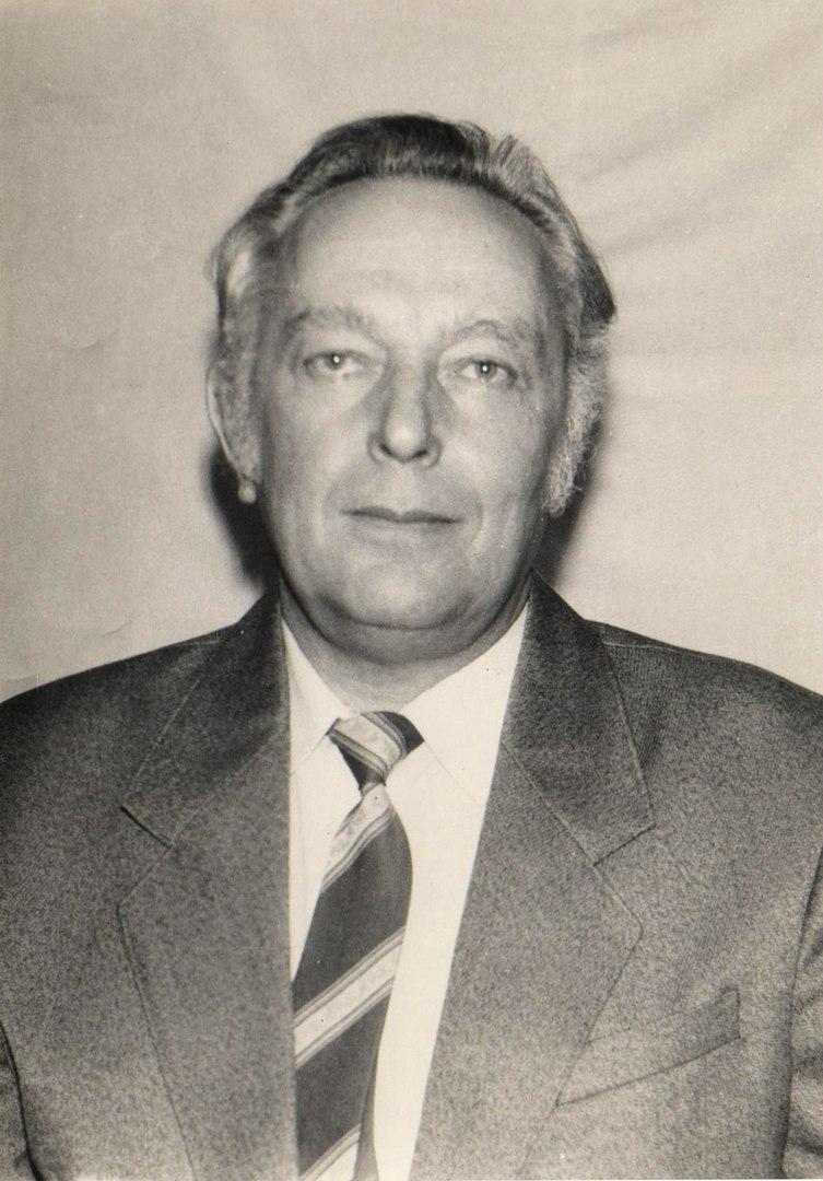 Виталий Александрович Суриков