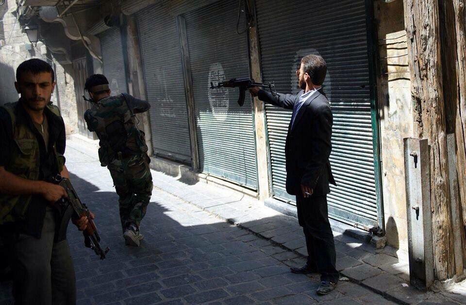 [BIZTPOL] Szíria és Irak - 1. - Page 2 IkPuICbZkto