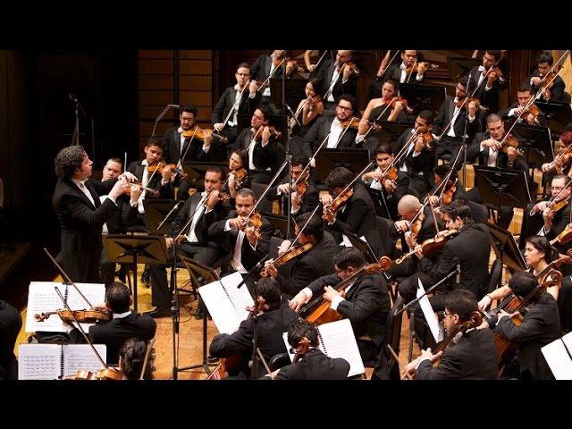 Gustavo Dudamel ~ Danzón No. 2 (Marquez) ~ Orquesta Sinfónica Simón Bolívar