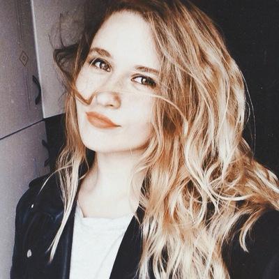 Соня Петрова