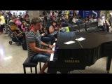 Просто пианист в аэропорту Мальты