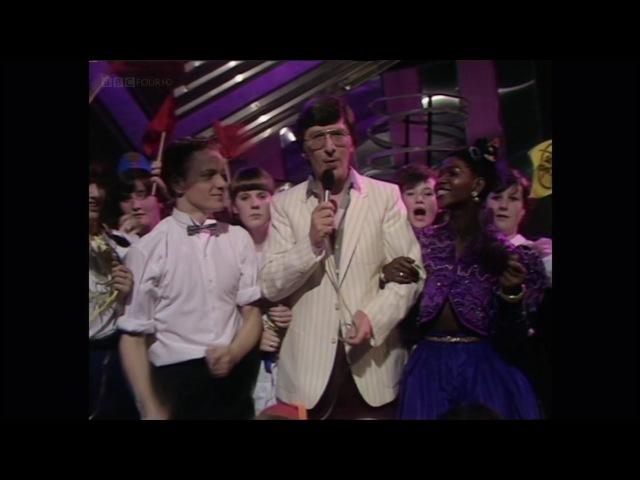 Queen - Las Palabras De Amor (BBC HD re-broadcast)
