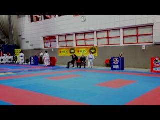 Female Kata: NGUYEN THI HANG (VIE) vs SHIMIZU KIYOU (JPN) - Karate 1 Premier League Salzburg 2016