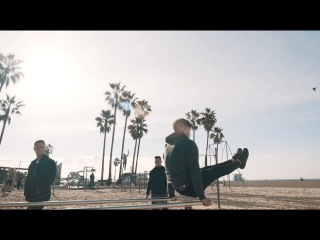 Тренировка на пляже Лос-Анджелеса   THENX