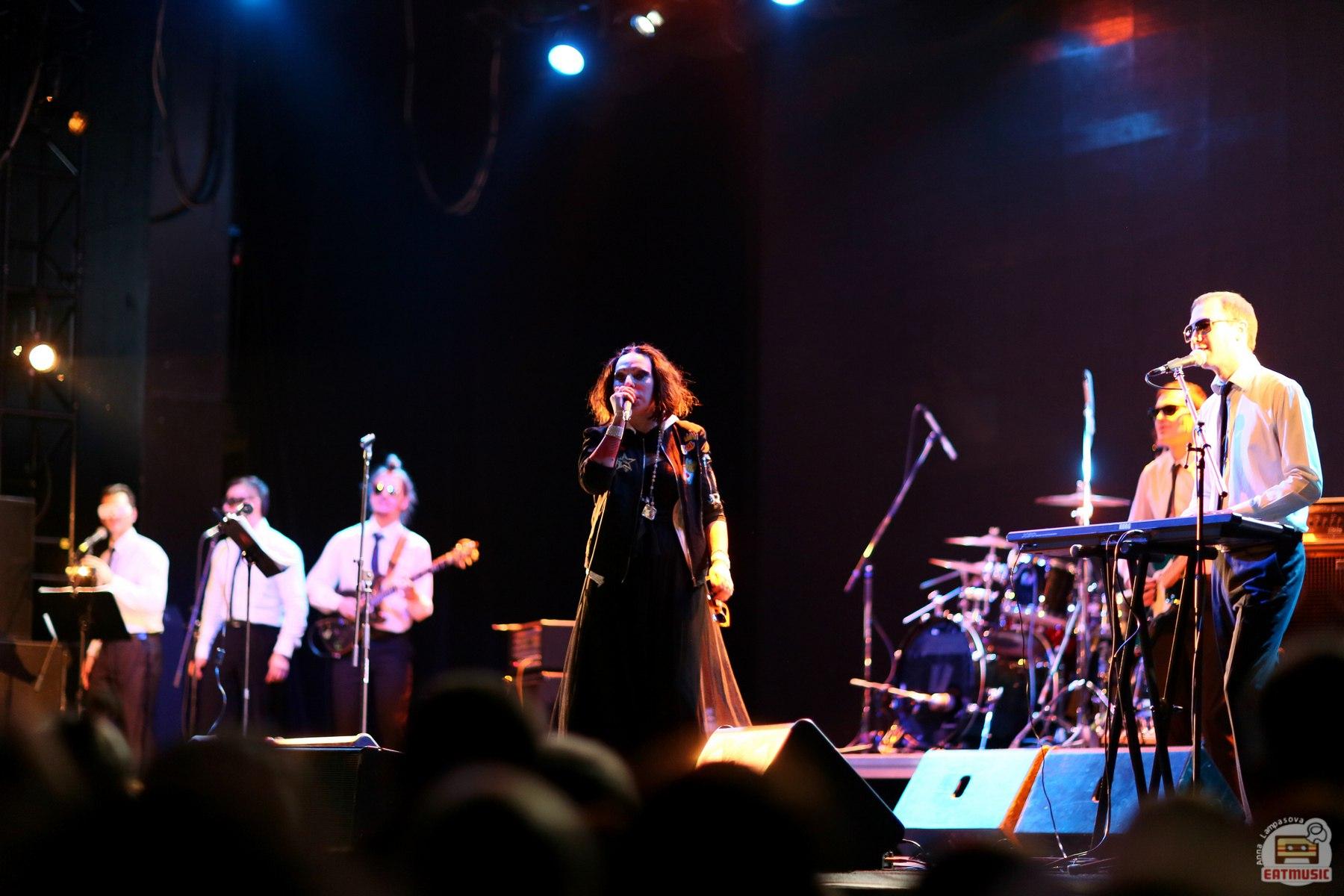 концерт Жанны Агузаровой в московском клубе Yotaspace