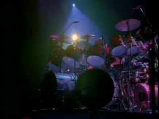 Rush - yyz [neil peart drum solo] (live 1988)