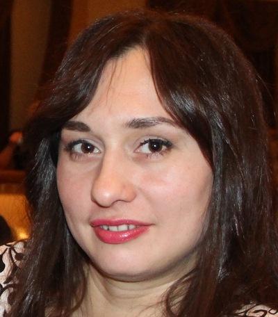 Анна Добрянская