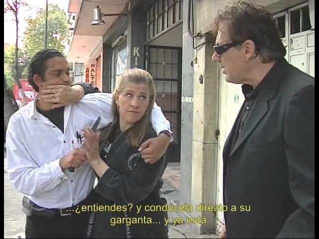 Frank Dux Técnicas de defensa contra cuchillo.