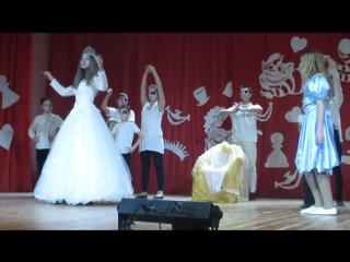 Танец свиты белой королевы