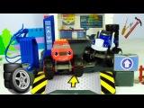 Blaze ve Crusher araba yarışında. Araba tamir oyunu. Erkek çocuk oyuncaklar
