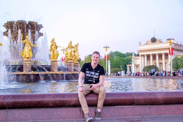 Евгений Гавриленко, видеоблогер