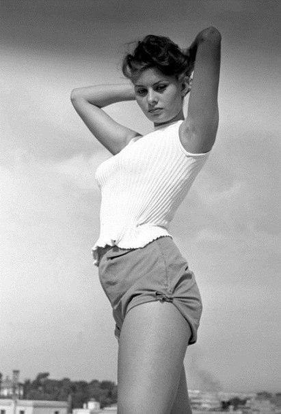 Софи Лорен в юности.