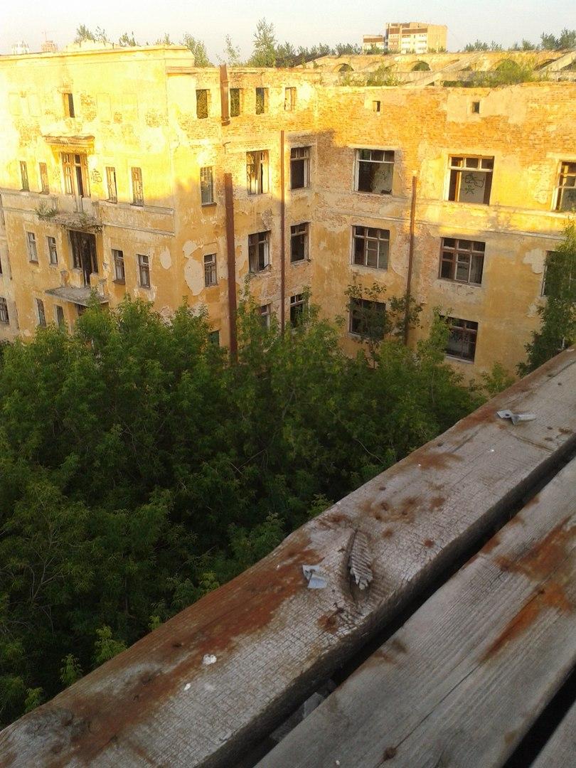 Заброшенная больница в Зеленой Роще