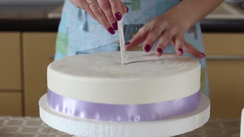 день, как собрать трехъярусный торт фото еще один