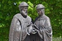 17 мая 2016 - Памятник Петру и Февронии Муромским в Тольятти