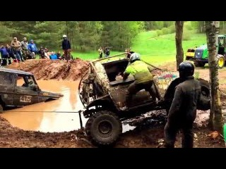 Гонки 4x4 по грязи бездорожью на джипах, Mud race 4x4 off road jeep