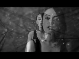 Demet Evgar - Farketmeden ( Offıcıal Vıdeo) - İzlesene.com