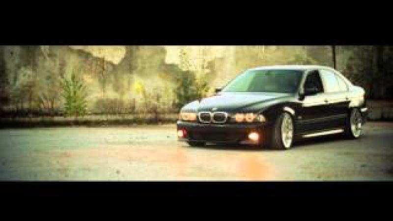 LOW BMW 5 by Kuba Augi @ AUTOMOTIVE PHOTOGRAPHY