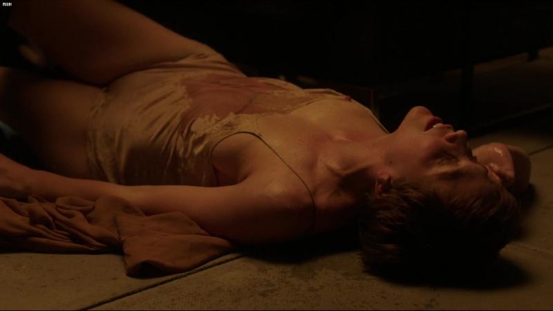 Мэгги Джилленхол (Maggie Gyllenhaal) голая в сериале «Благородная женщина» (2014)