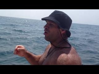 Денис Цыпленков на море :