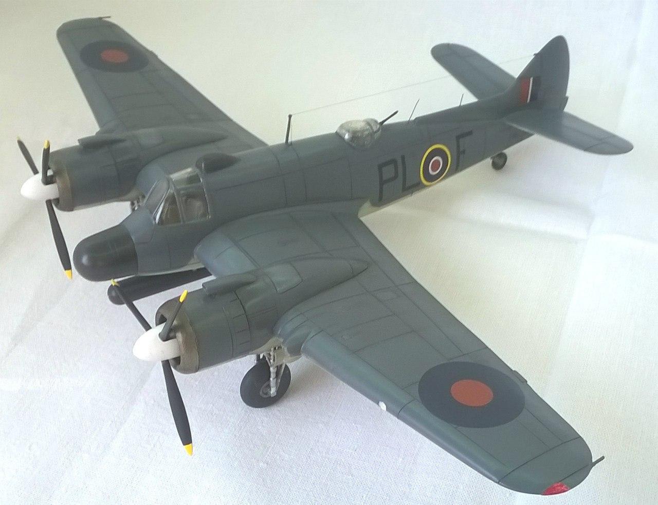 Bristol Beaufighter TF.Mk.X 1/72 (Revell) 8IEyw_l9xfQ