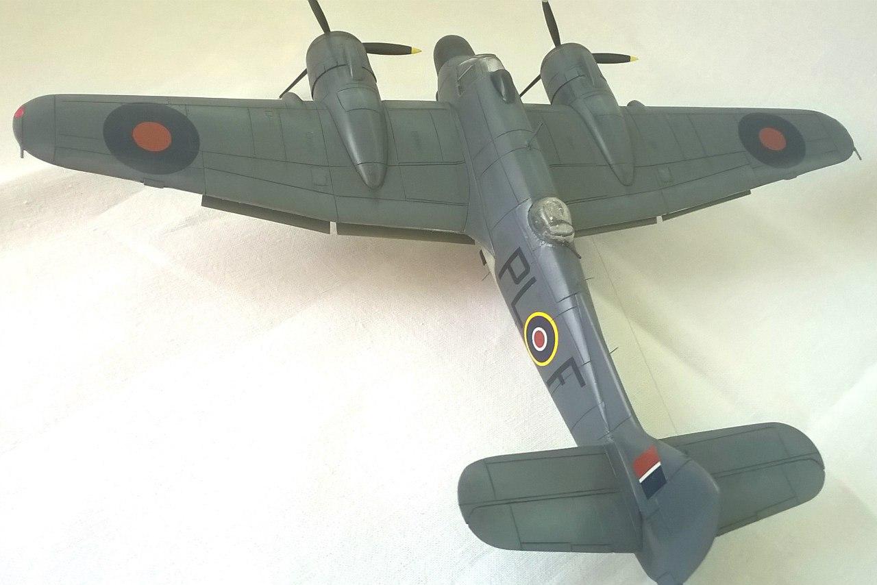 Bristol Beaufighter TF.Mk.X 1/72 (Revell) WVIrT4oH8ec