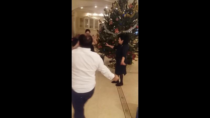 Рождество у Раджа Заднепряна.