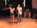 Пара очень красиво танцует танец Бачата (bachata)-2