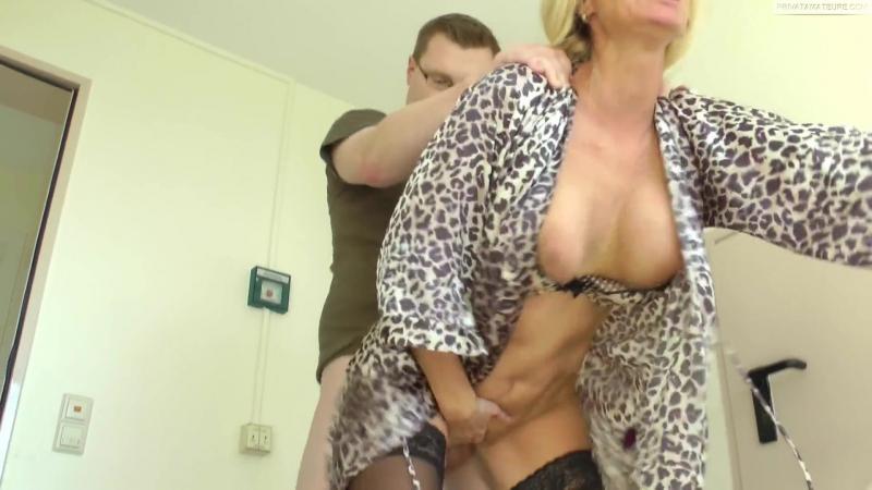 Порно мама в халате фото