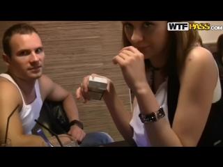 Порно видео сняли в баре фото 195-654