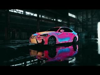 Lexus покрыла машину 42 тысячами управляемых светодиодов для музыкального клипа