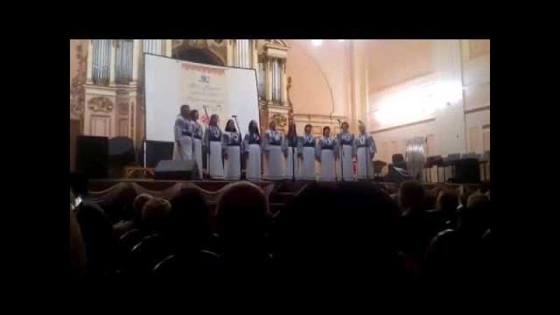 Народний вокальний ансамбль Гомін із піснею Ставок заснув