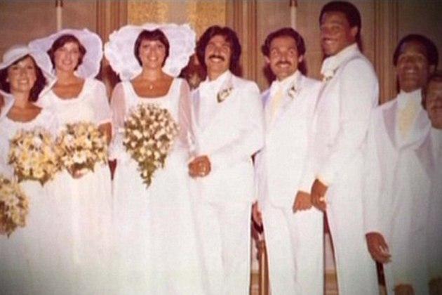 20TShSuGv6s - История семьи Кардашян в свадьбах