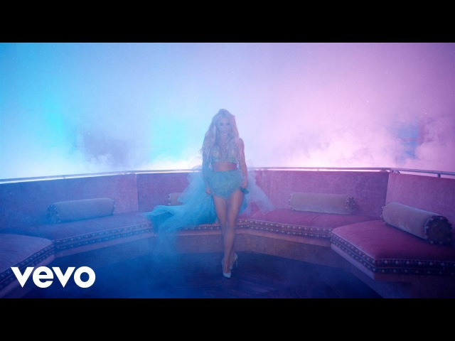 Britney Spears - Slumber Party ft. Tinashe