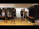 Neymar Jr, Marcelo, Dani Alves, Marquinhos e Paulinho dançando no vestiário da seleção!