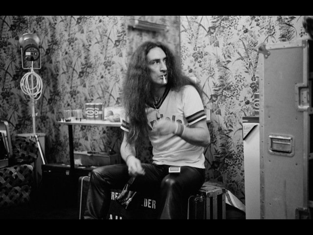 Ken Hensley - Weep In Silence