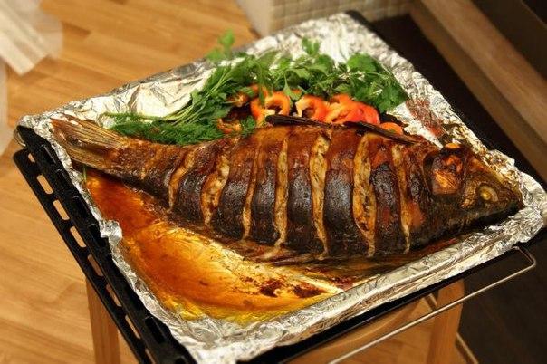 Как вкусно запечь рыбу в духовке с