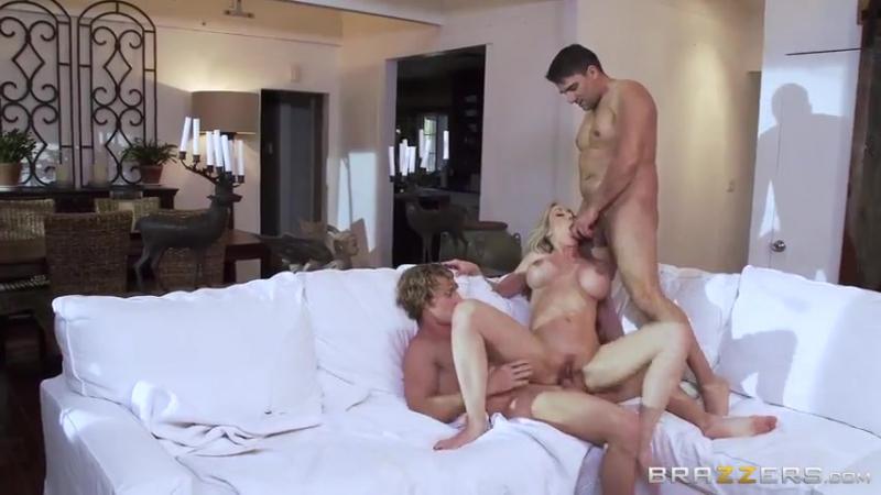 Хозяйку квартиры имеют строители порно 7