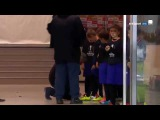 Jose Mourinho make young mascots day by signing their boots before Zorya clash | 08/12/2016